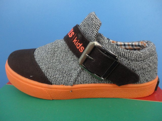 小乔丹中童鞋批发13611724
